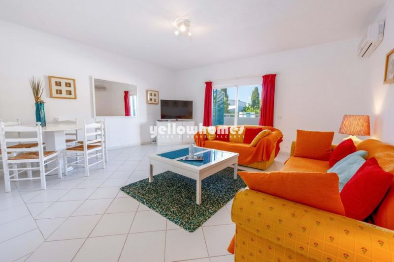 2 bed apartment in quiet residential complex near the beach in Alvor